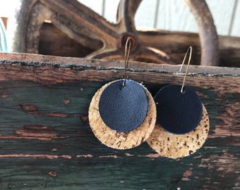 Black and cork layered leather earrings; round shape with kidney earring
