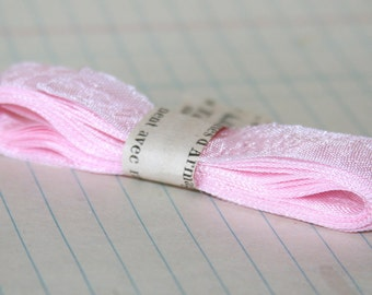 3 Yards Hug Snug seam binding ribbon Ash Pink
