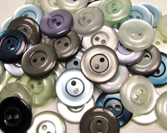 """The Cooler Color Mix: 3/4"""" (19mm) Button Assortment - Set of 50 New / Unused Matching-Style Buttons"""
