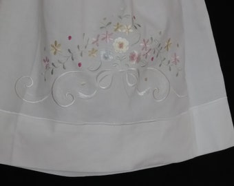 3T White with embroidered pastel flowers Summer Dress