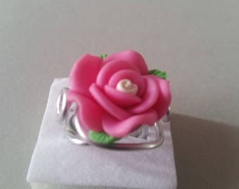 Pink with leaves in polymer clay and aluminum wire ring