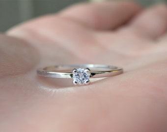 White Gold Dainty Ring, Dainty Diamond Ring Gold, Minimalist Diamond Ring, Small Diamond Ring, Simple Diamond Ring, Solitaire Diamond Ring