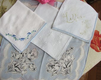 Handkerchiefs - Set of 4 - Blue and White - Vintage