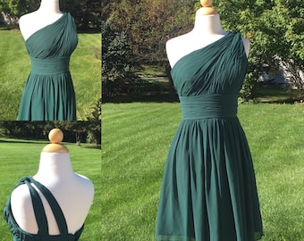 """Vintage 90s Boho Style Ruched Hunter Green Party Dress 28"""" Waist"""