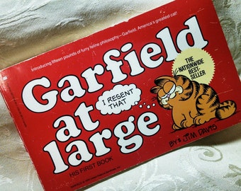 Garfield at Large His First Book Jim Davis Paperback First Edition March 1980 Comic Humor Garfield's very Beginnings