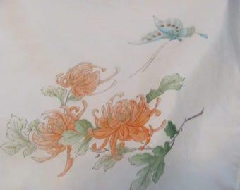Hankie Beautiful White Floral Vintage Painted Silk Hankie Handkerchief