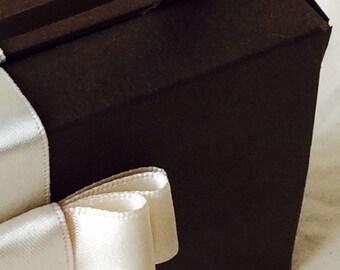 Marzycards NUTKIN Suitcase Gift Box Set of 10 Luxury Card Suitcase Boxes