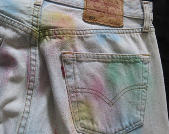 """Vintage Spray paint detail Levi Jeans 34"""" high waisted"""