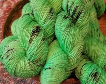 KERMIT 463 yards on 'Posh' Sock Yarn/ 4 ply merino, kettle dyed speckled yarn