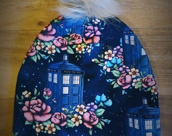 Tardis Doctor Who Pompom beanie