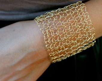 Gold Cuff Bracelet Arm Cuff Statement Bracelet Minimalist Jewelry Delicate Bracelets Modern Jewelry Gift for Her