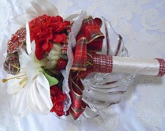 Keyara - Brooch Bouquet