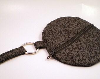 Round Wristlet in Gray & Black