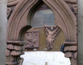 F 28 art antique sandstone look mirror Gothic