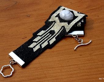 Manchette tissé de perles, Peyote perles Bracelet, argent et perles de rocaille Delica noires, Buffalo Pierre Turquoise, OOAK