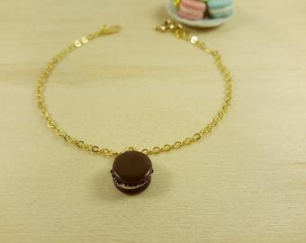 Chocolate Macaron bracelet, food bracelet, gold plated chain bracelet,macaron charm, mini macaron,miniature food,polymer clay,  food jewelry