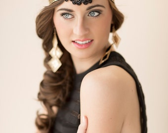 Flapper Headpiece, Black Art Deco Headband, Gatsby Headpiece, 1920s Bridal Hair Piece, Great Gatsby Beaded Headband