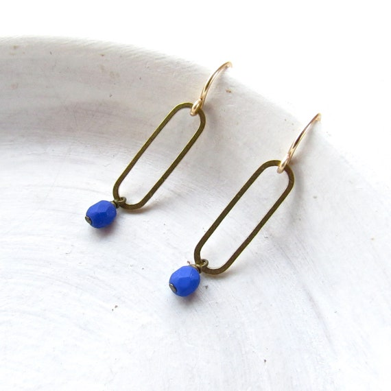 Oval Earrings > Blue