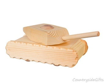 Wooden Toy Tank – Pine