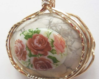 Four Roses Brooch Ready to Become an Heirloom
