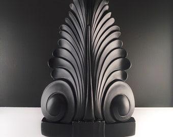 Art Deco Mid Century Modern Chalkware Decorative TV Television Lamp