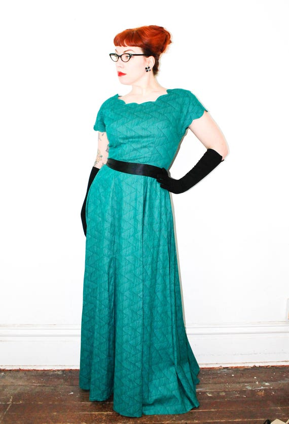 Vintage 1940s dress . Poison Ivy League . green formal gown .