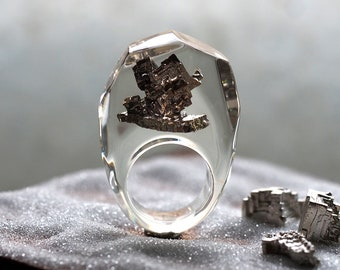 Clear Resin Ring with Bismuth, Resin Ring, Resin Jewelry, Botanical Jewelry