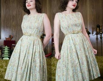 """1950s Novelty Dress   Clocks   50s Dress   1950s Dress   Novelty   50s Day Dress   50s Cotton Dress   50s  Sundress   50s Floral Dress   29"""""""