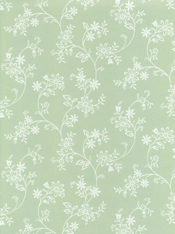 Wallpaper Mini Trailing Floral Toil In White On Soft Light