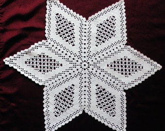 Filet crocheted star