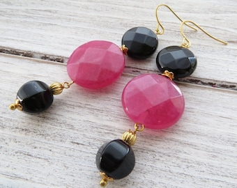 Hot pink jade earrings, gemstone earrings, black onyx earrings, dangle earrings, italian jewelry, stone jewelry, gift for her, bijoux