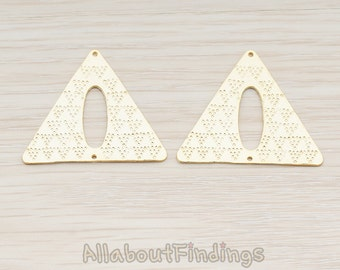 PDT757-MG // Matte Gold Plated Aztec Triangle Connector Pendant, 2 Pc