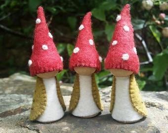 Toadstool Gnome (single)