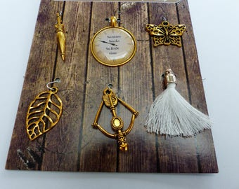 6 charms metal leaf Butterfly clock vintage bow arrow gold and white pompom umbrella charms