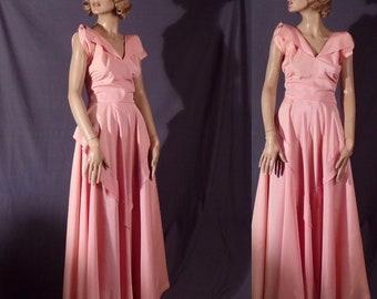 Vintage 1940s Dress - Stunning Pale Pink Taffeta 1940s Gown - Sleeping Beauty - Film Noir - As Is