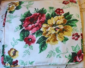 """SUMMER ROSES BARKCLOTH Pillow Cover Red Pink Yellow Blooms White Nubby Texture, Piping Chenille Back Vibrant Lumbar or Sofa Accent 15"""" sq"""