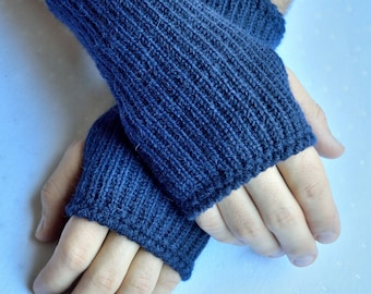 Handmade knitted men's arm warmers