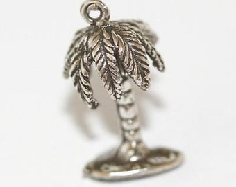 Vintage Tropical Palm Tree Sterling Silver Bracelet Charm / 3d Detail (3g)