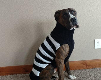 Knit black and white dog sweater - XL