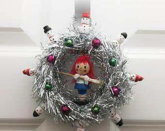 Vintage Ornament Mini Wreath