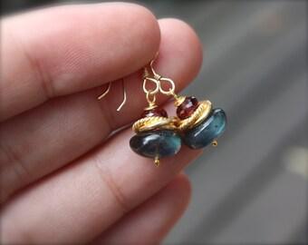 Labradorite Earrings - small labradorite earrings - delicate garnet earrings - minimalist earrings - neutral earrings - every day earring