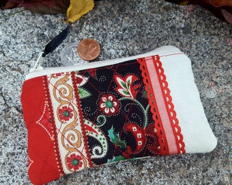 Christmas Coin Purse, Zipper Wallet, Paisley Change Purse, Red and Green Coin Purse, Earbud Pouch, Quilted Coin Purse, Pocket Zipper Bag