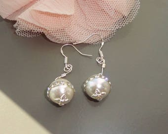 Kit Earrings white and silver, Sterling Silver Earrings Pearl shell and rhinestone