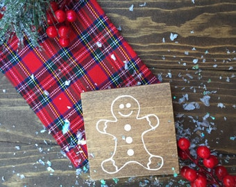 Gingerbread boy or gingerbread girl wood sign - Gingerbread people -Christmas holiday wood sign