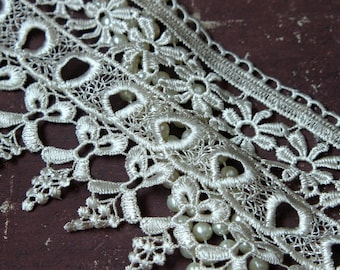 Wheat Toned Venice Lace Trim, Beautiful Vintage Wheat Color, Lace Appliques, Bridal Gowns, Couture Gowns, Dresses, Crafting GL-300