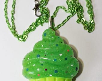 ' Muffin ' resin necklace (2 different colors)