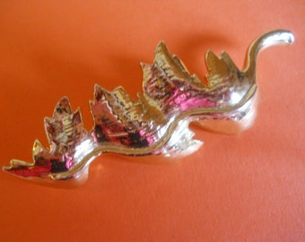 Signed Gerry Vintage Abstracted Silver Tone Leaf Brooch