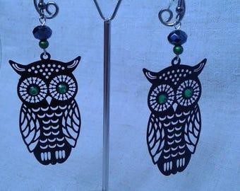 Vintage black green eyed OWL earrings