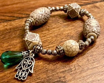 Beaded Bracelet with hamsa
