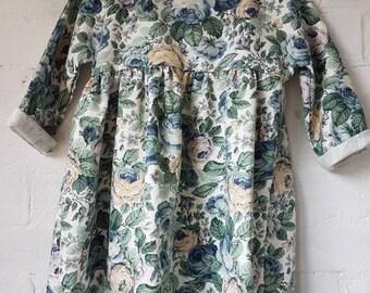 Floral dress with peter pan collar